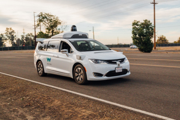 waymocastle 28 - Waymo would apply to put self-driving cars on California's roads without security pilots