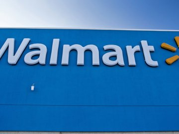 shutterstock 776723419 - Follow these 7 steps to get your product sold at Walmart (INFOGRAPHIC)