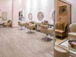 दुबई में बिक्री के लिए लेडीज़ ब्यूटी सैलून