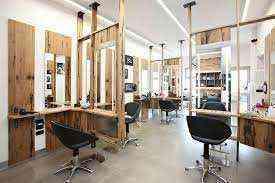 Gibaligya ang Beauty Salon sa Dubai