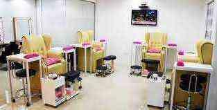 Ladies salon in TECOM for sale in Dubai