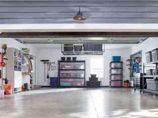 在迪拜出售的Active Well Running汽车车库