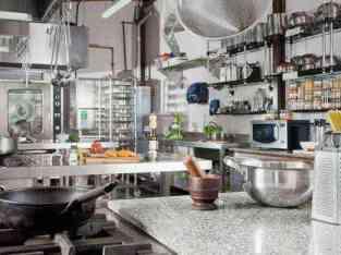दुबई में बिक्री के लिए भोजन की तैयारी व्यापार रसोई