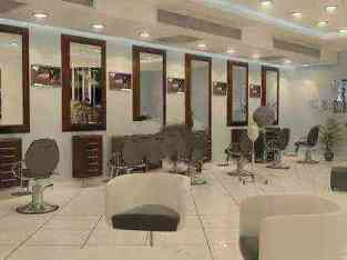 Gents Salon de dez anos establecido á venda en Dubai