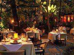 두바이에서 판매되는 아름다운 레스토랑