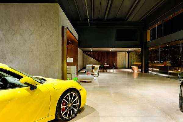 Luxury Car Showroom for sale in Dubai