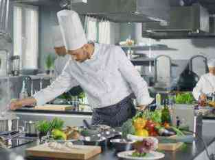 Profitable low rent cafeteria in business bay in Dubai FOR SALE