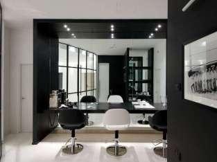 Beautiful ladies salon for sale in UAE