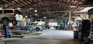 Big car workshop shop for sale in Dubai