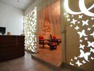 Vehivavy salon amidy any Dubai jumeirah tower towers