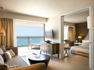 Hotely feno miaraka amina fanaka manontolo any Dubai