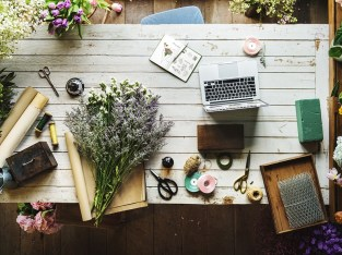 Online floral and gift business for sale in Dubai