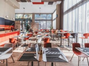 Well Running business Restaurant for Sales in Dubai
