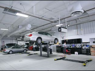 Luxury Cars Auto workshop for sale in UAE