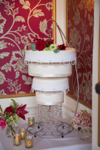 The fabulous chandelier cake from The Local Bakehouse