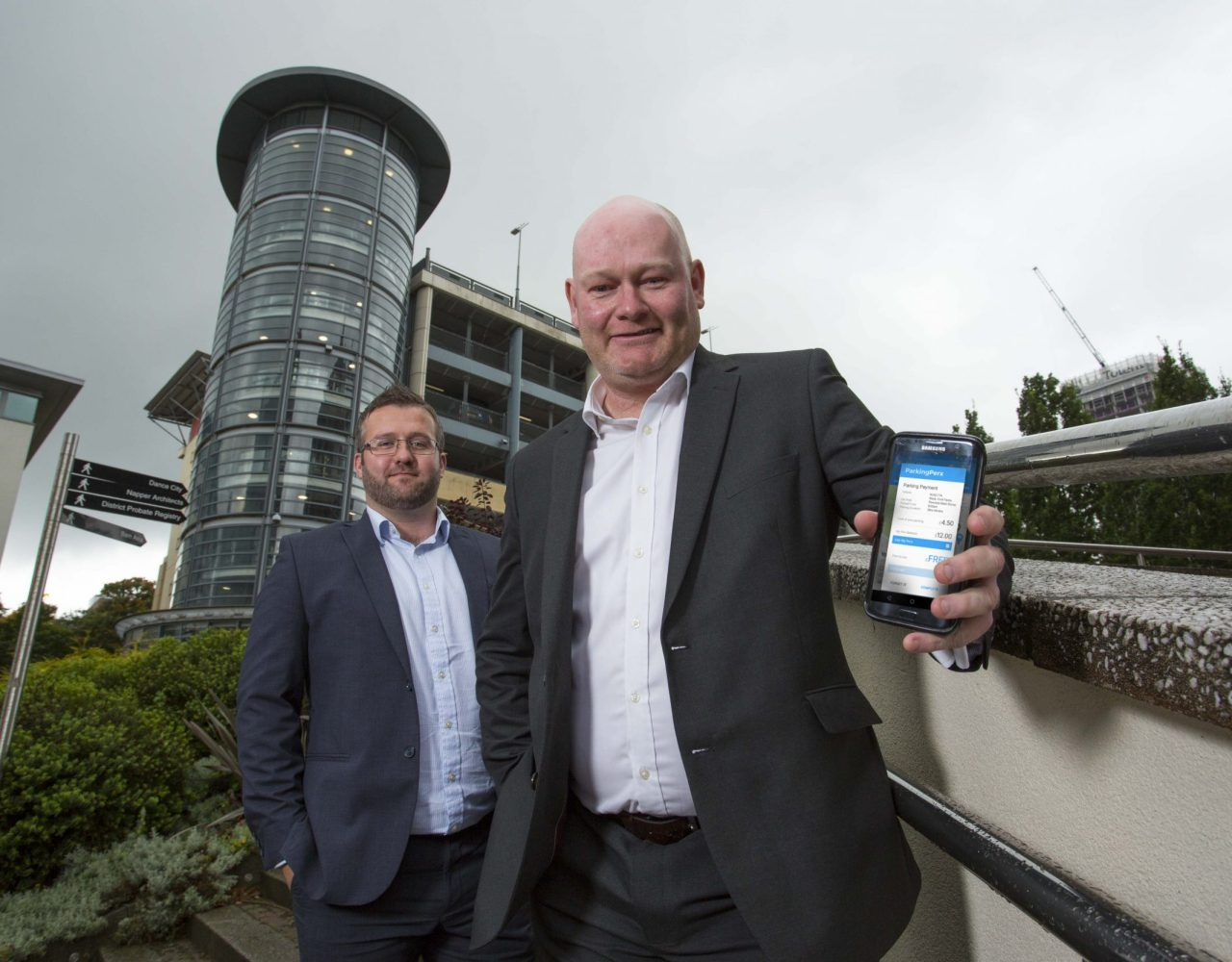 Entrepreneur secures £325,000 investment to launch parking app