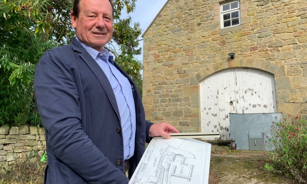 Get Carter as planning professional Tony launches his own business