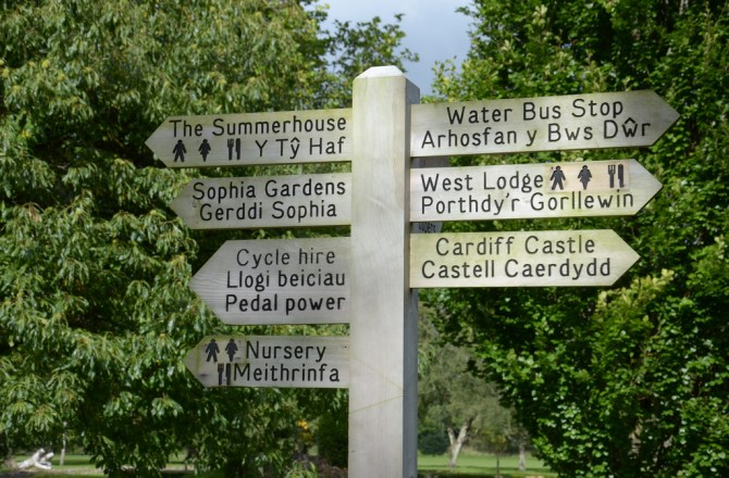 The Benefits of Developing a Bilingual Content Marketing Strategy in Wales