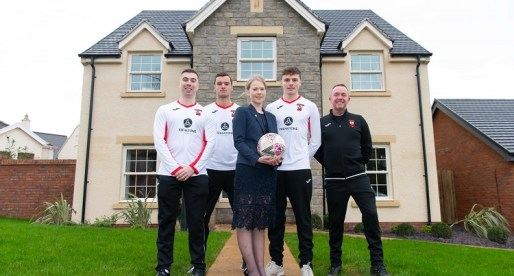 Edenstone Homes Kits Out Dinas Powys FC
