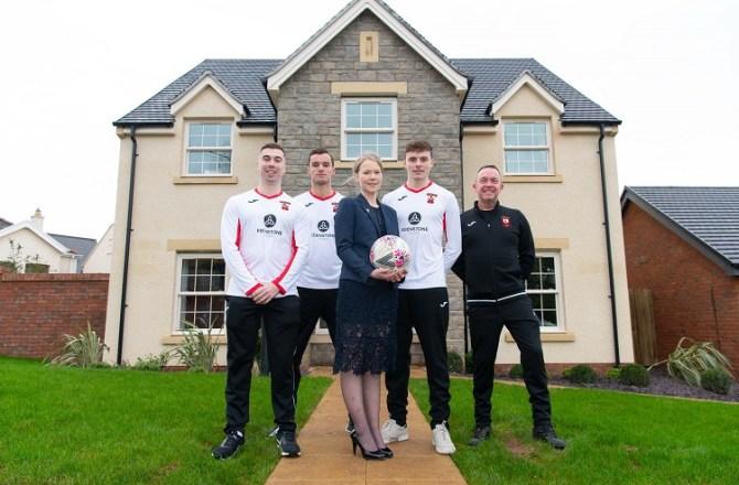 Edenstone Homes Kits Out Dinas Powys FC