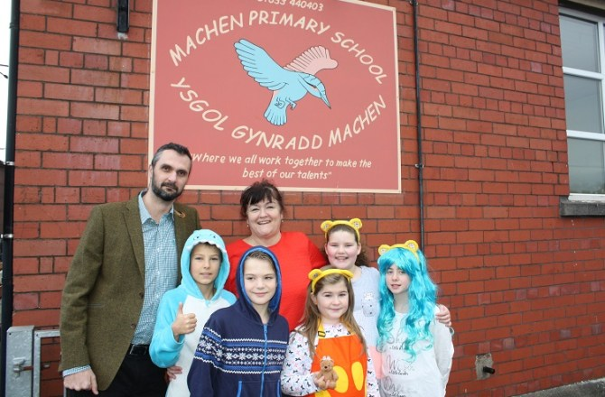 Glamorgan Telecom Donates to Machen Primary School