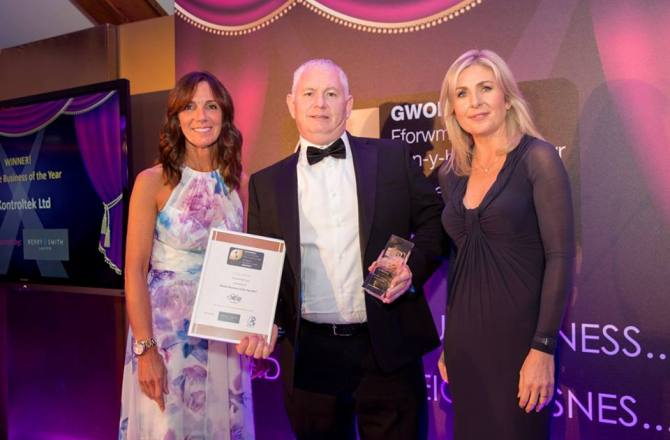 Winners of the Fifth Annual Bridgend Business Forum Awards 2017 Revealed