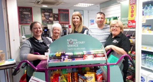 Legal & General Staff Team up with Royal Voluntary Service at Velindre Cancer Centre