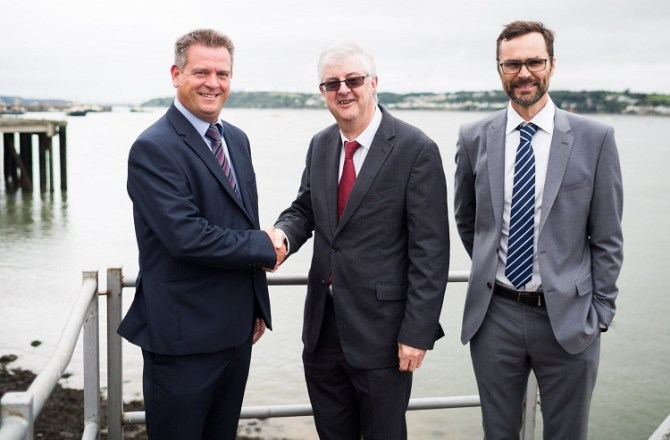 Finance Secretary Backs Pembrokeshire Marine Energy Industry