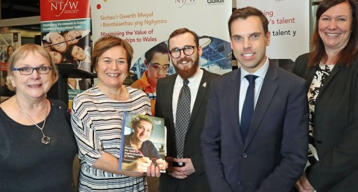 Apprenticeships Report Welcomed by Welsh Government Minister