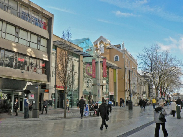 Queen_Street,_Cardiff_-_geograph.org.uk_-_1186505