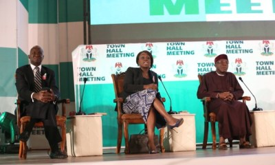 Economic Recovery: Fashola Charges Youths to Keep Hope Alive