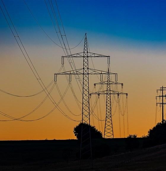 safety around power lines