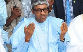 nigeria buhari praying
