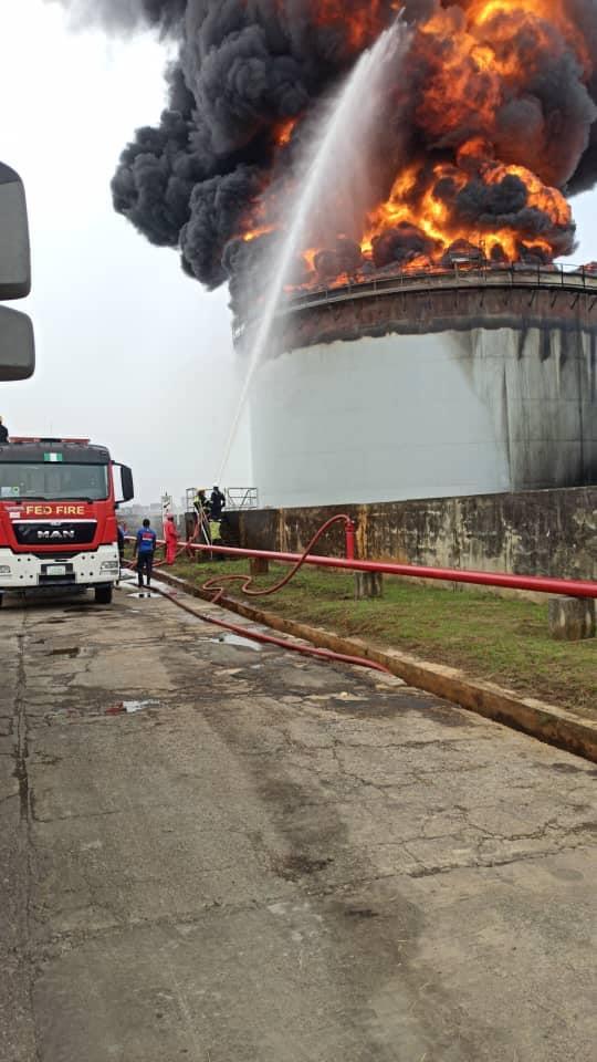 Oando Tank Farm fire1