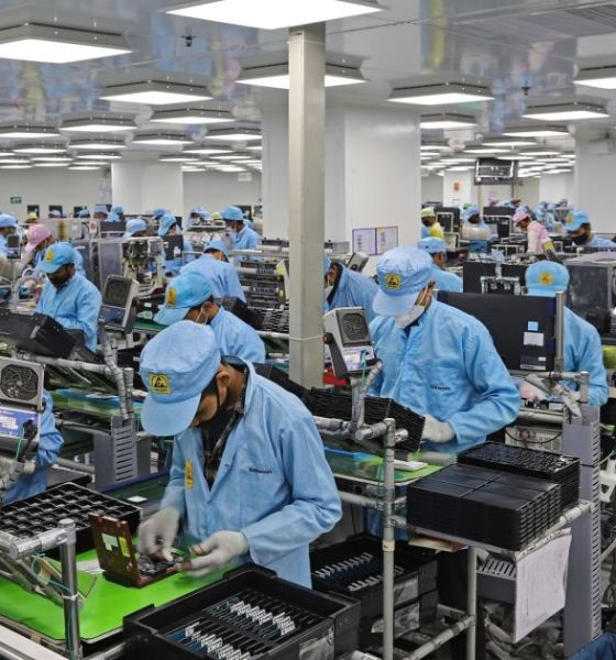 Local Assembly of Smartphones