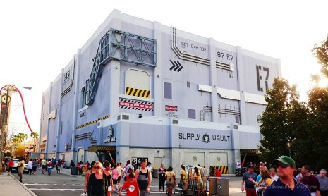 visiting universal studios orlando transformers