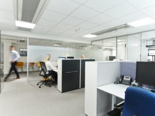 Business Village kontor med mennesker