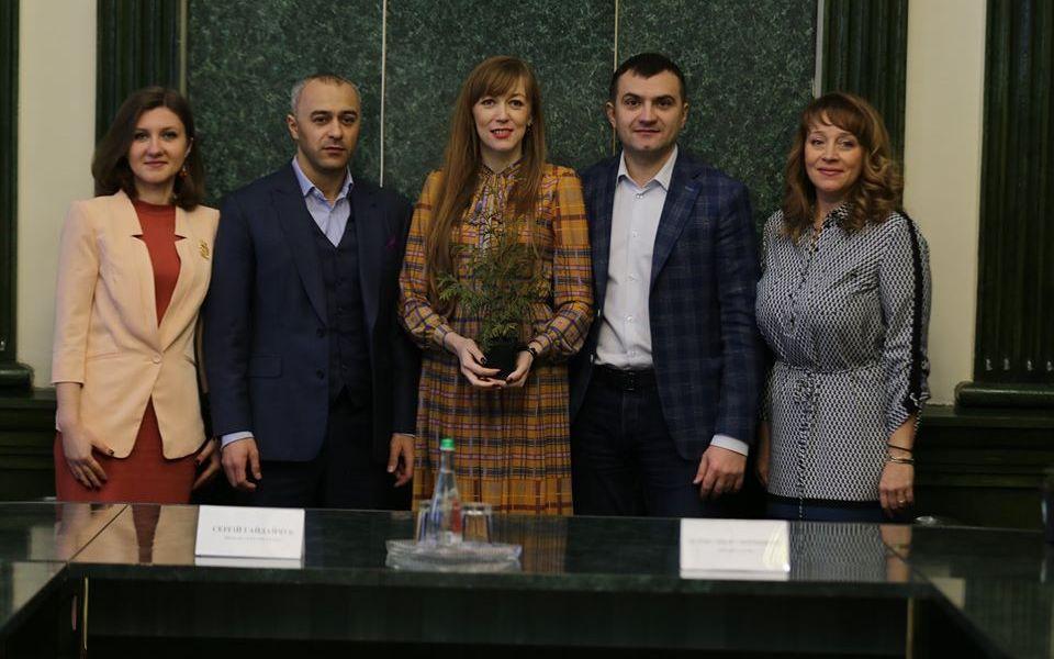 Хмельницький першим долучився до Всеукраїнського проєкту «Озеленення України»