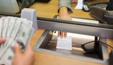 How and where to cash a cashier's check