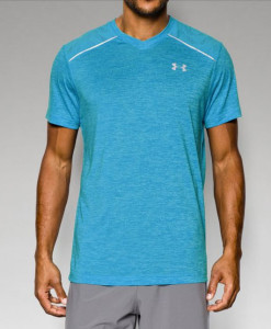Men's-UA-HeatGear®-ArmourVent™-Run-V-Neck-Short-Sleeve-T-Shirt_busted-wallet