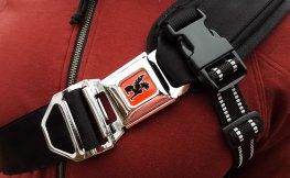 kadet-sling-bag-buckle
