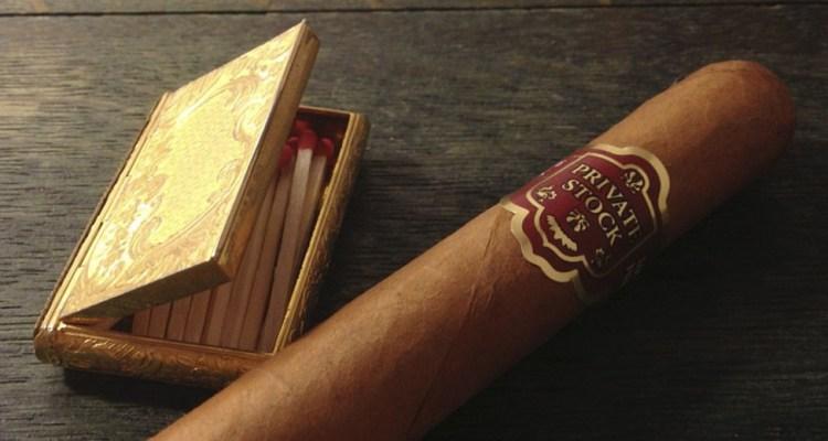 essentials guide to smoking cigars