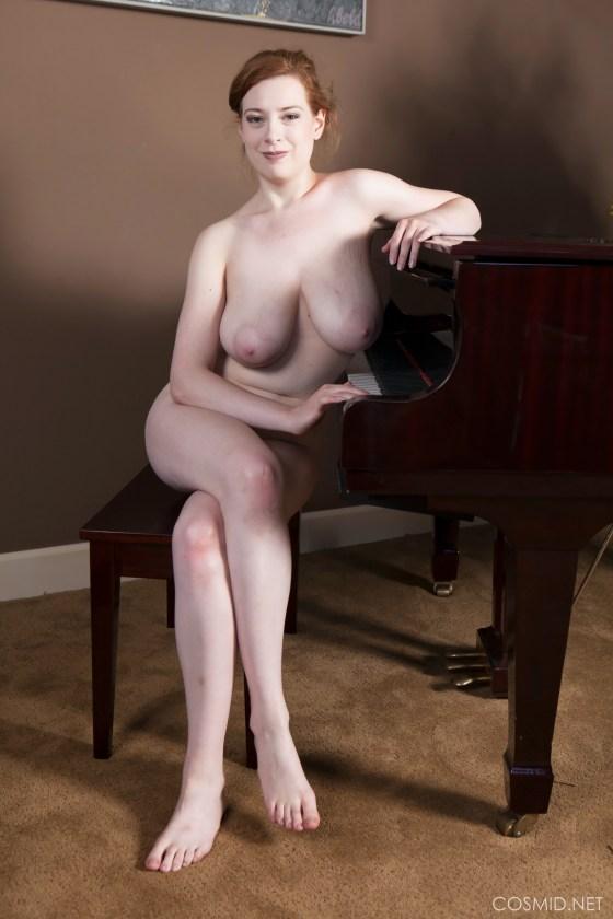 misha lowe busty cosmid redhead big natural tits
