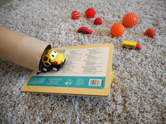 Fun 5 for Friday - early years play ideas - gross motor skills - science - understanding the world - langugae skills - cause and effect