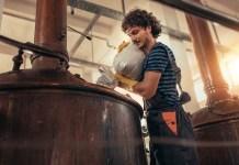 Man brewing beer, craft beer, craft brewery