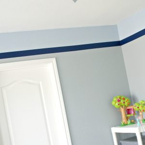 Painting & Vinyl: Making Stripes without Stress / Busy Mom's Helper