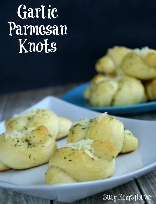 Garlic Parmesan Knots / www.BusyMomsHelper.com