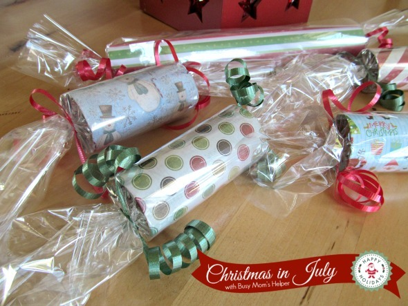 Toilet Paper Roll Gift Packages / by Busy Mom's Helper #ChristmasinJuly #Gifts #Holidaycraft