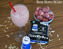 Strawberry Blueberry Juice Smoothie / by Busy Mom's Helper #Goodbelly #Smoothie #Health