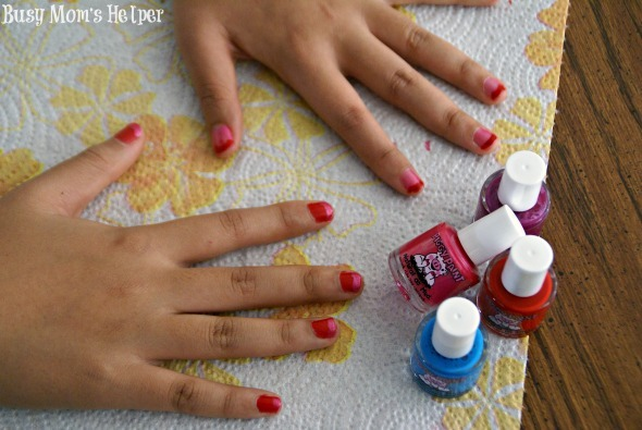Easiest French Manicure Ever / by Busy Mom's Helper #PamperedPiggies #Ad #nailpolish